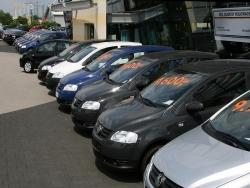 Chọn mua xe ô tô cũ dưới 600 triệu